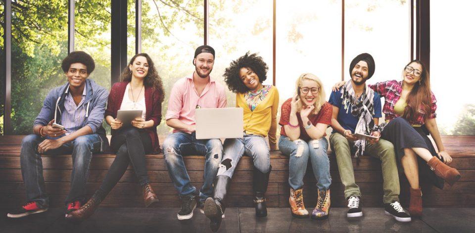 contratar millennials negocio