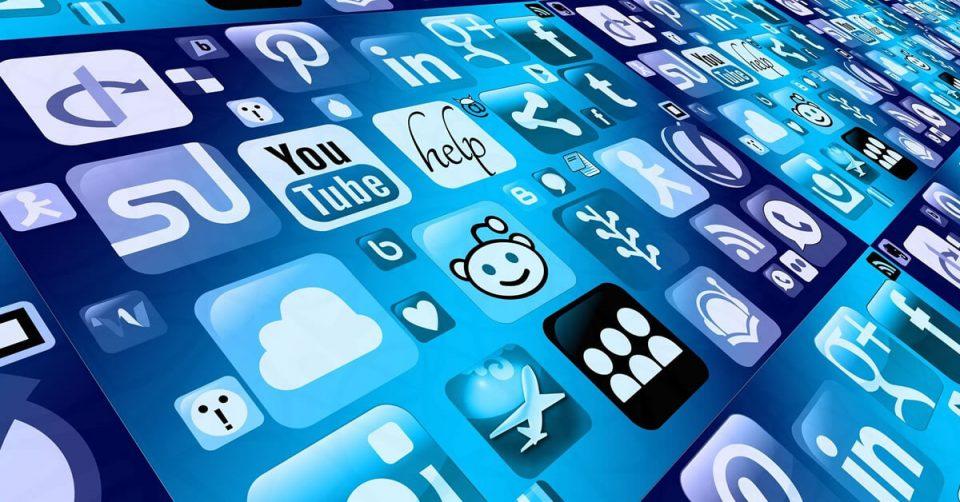 morena quiere regular las redes sociales